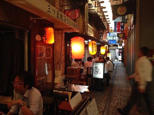 姫路で3時半から立ち飲み屋_e0054299_13303671.jpg