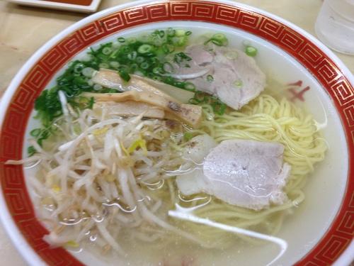 姫路で3時半から立ち飲み屋_e0054299_13361576.jpg