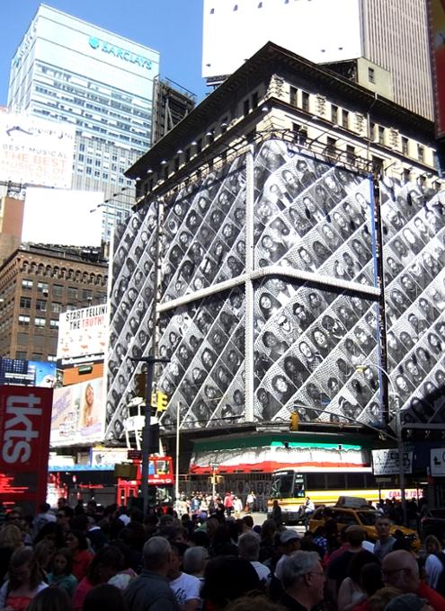 ニューヨークの街角で見かけたJRさんのアート作品まとめ_b0007805_10342778.jpg