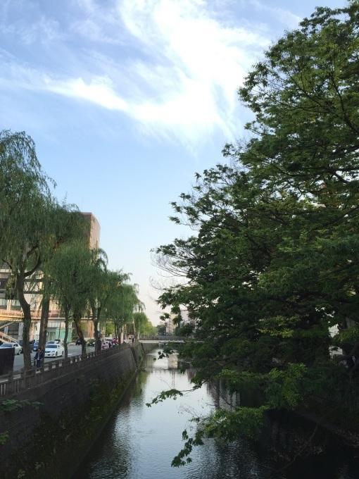 秋田の国際的熱帯夜_a0103940_10073768.jpg