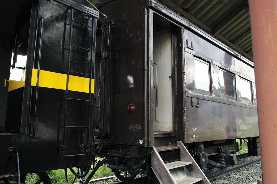 喜多方市を歩く③熱塩駅に残る旧車両_c0223825_08153458.jpg