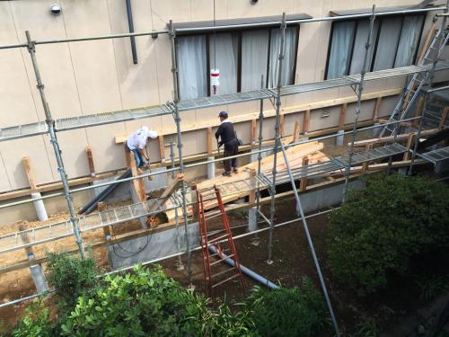 改修工事が、始まってます。新館101.102.103号室に、一部屋追加され、広くなりベッドが置かれます。_d0338282_09572049.jpg