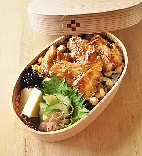 鶏ムネ肉 親子弁当 と 週末と料理教室_b0171098_13312262.jpg
