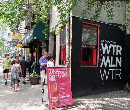 初夏のニューヨーク、のんびりとSOHOのお散歩風景_b0007805_12195215.jpg