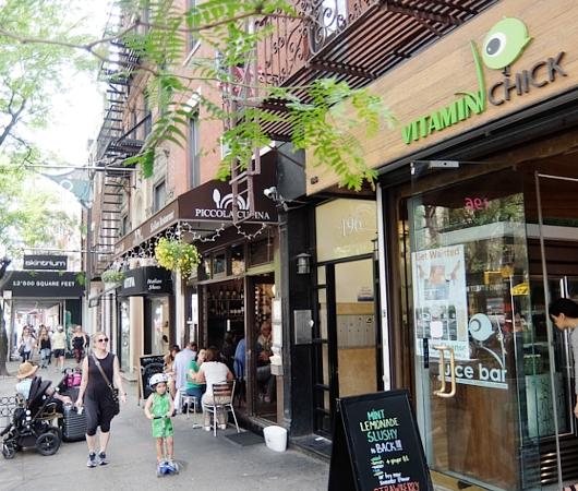 初夏のニューヨーク、のんびりとSOHOのお散歩風景_b0007805_13343614.jpg