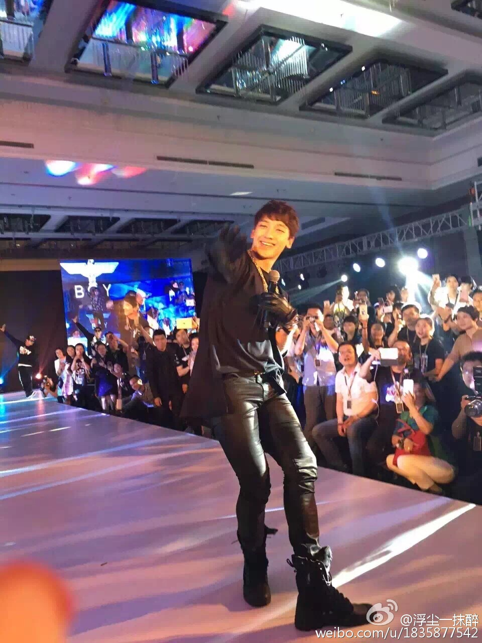 Rain  BOYLONDON 2016 ファッションショー in 北京_c0047605_7543229.jpg