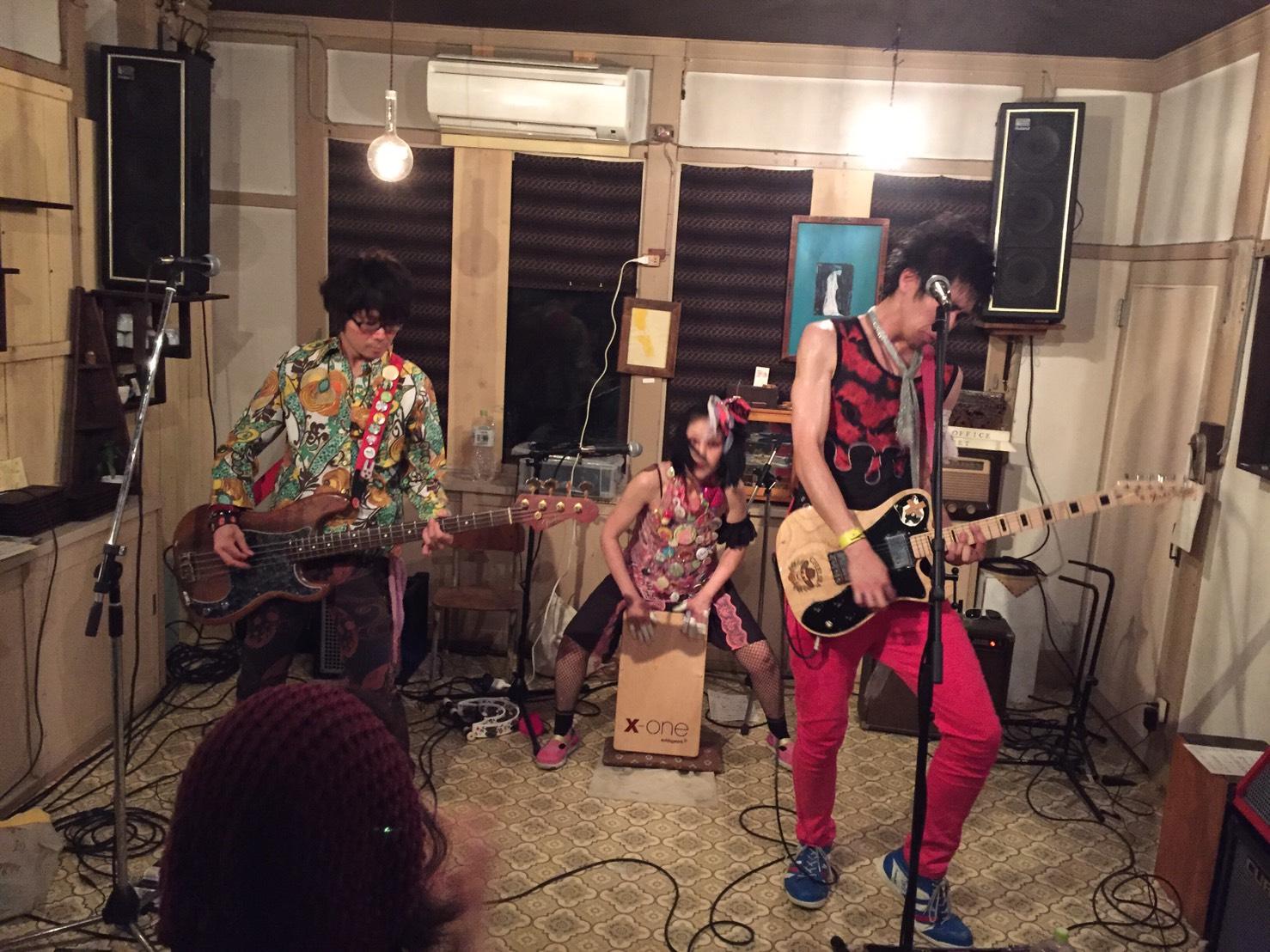今日のライブ!!_d0191640_1172031.jpg