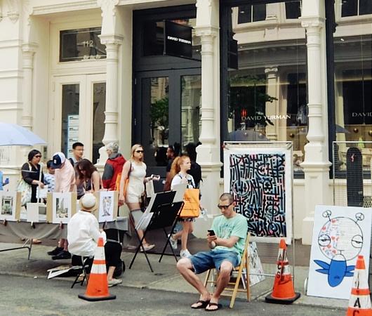 初夏のニューヨーク、SOHOの街角でアート作品を愛でる_b0007805_7542732.jpg