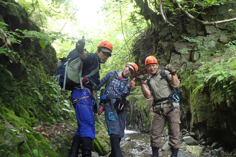 初めての沢登り~シャワークライミングで行こう!_d0110562_14213756.jpg