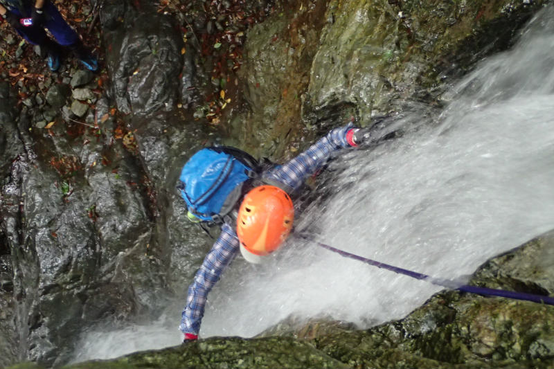 初めての沢登り~シャワークライミングで行こう!_d0110562_14215143.jpg
