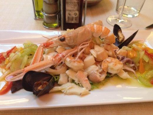 フィレンツェ創業30年の魚介レストラン_a0136671_0481785.jpg