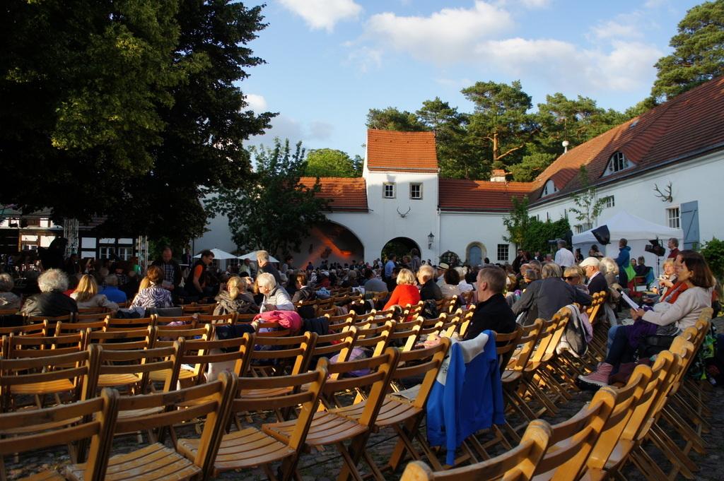 Grunewald湖畔コンサート_c0180686_18234173.jpg