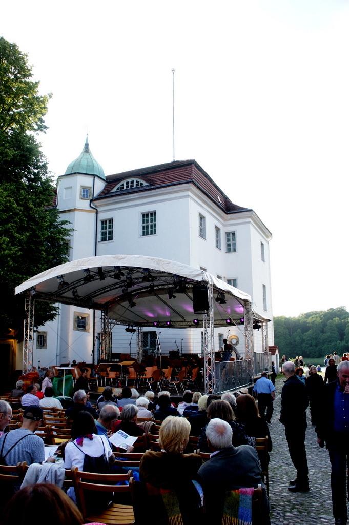 Grunewald湖畔コンサート_c0180686_18241047.jpg