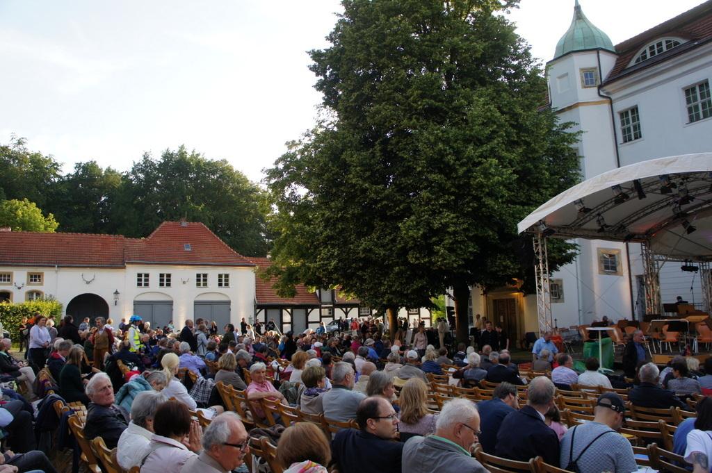 Grunewald湖畔コンサート_c0180686_18241651.jpg