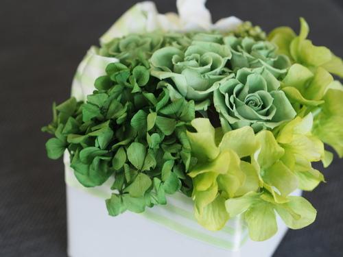 【仏花】お仏壇サイズに合わせたアレンジメントを_d0144095_21271430.jpg