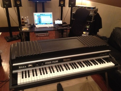 at studio with my Rhodes_c0077105_19090028.jpg