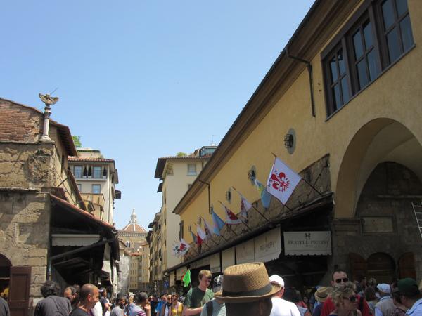 明日が最終日のCalcio storico Fiorentino !!!_c0179785_2354844.jpg