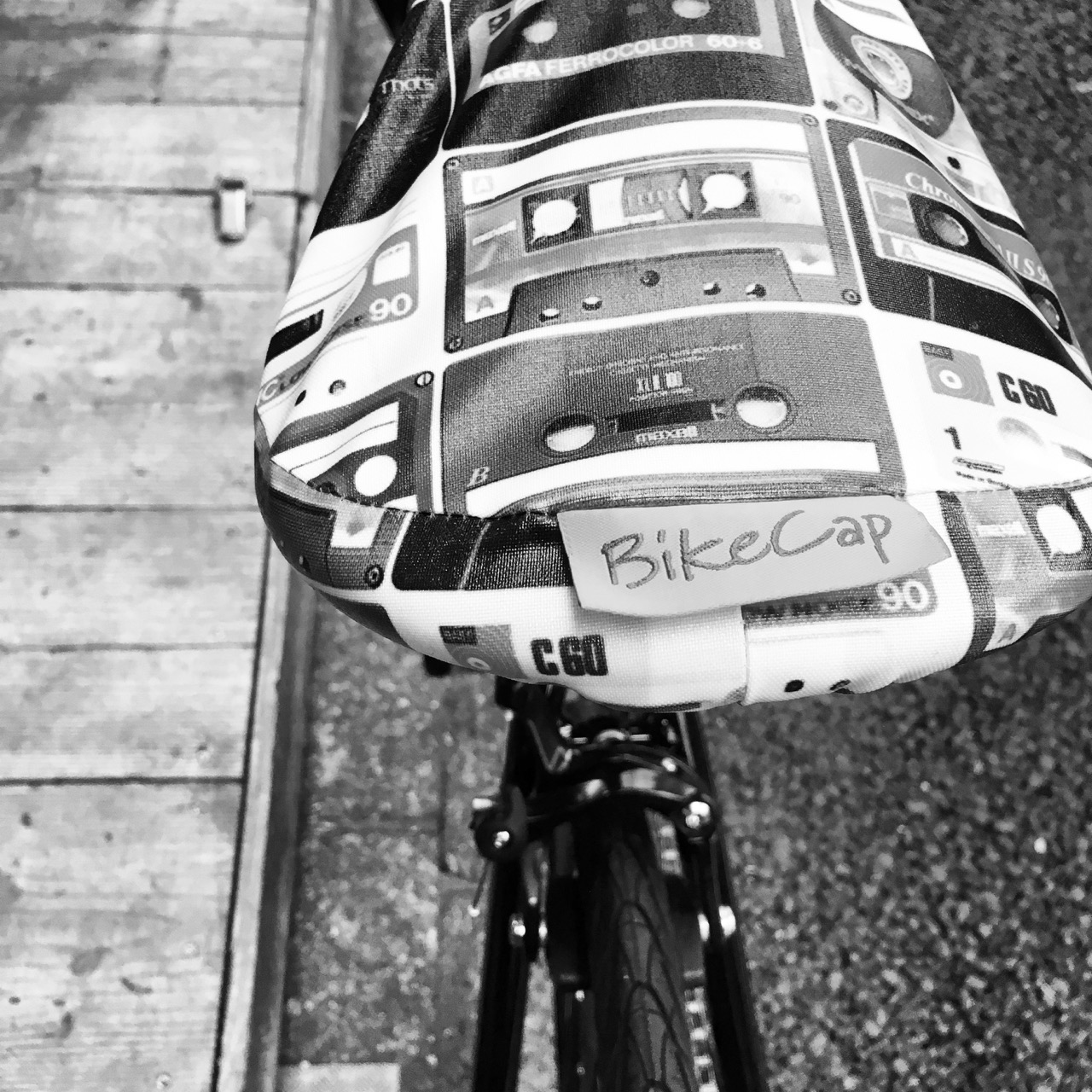 おしゃれ自転車 サドルカバー「bike cap バイクキャップ」再入荷☆自転車雑貨 自転車女子 自転車ガール _b0212032_22401129.jpg