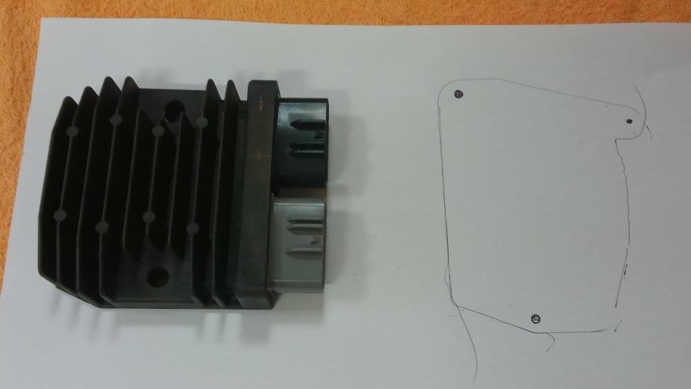 XB12X MOSFETレギュレーターの流用_e0086244_17593750.jpg