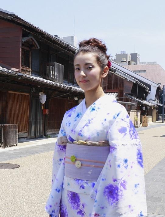 ヒヨコ娘を撮る_e0241944_21323198.jpg