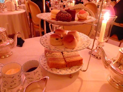 愛しの大英帝国がEU離脱。。。Afternoon Tea at The Ritz。。.♡ *。:☆.。† _a0053662_19512335.jpg