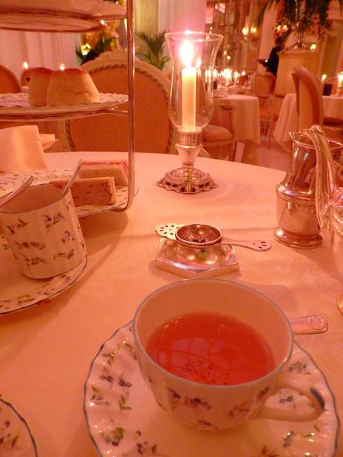 愛しの大英帝国がEU離脱。。。Afternoon Tea at The Ritz。。.♡ *。:☆.。† _a0053662_209598.jpg