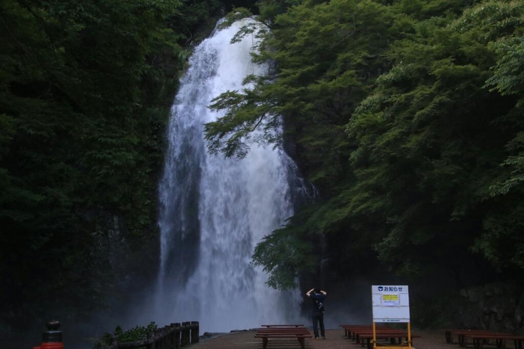 大雨の中で  箕面大滝_d0202264_14260758.jpg