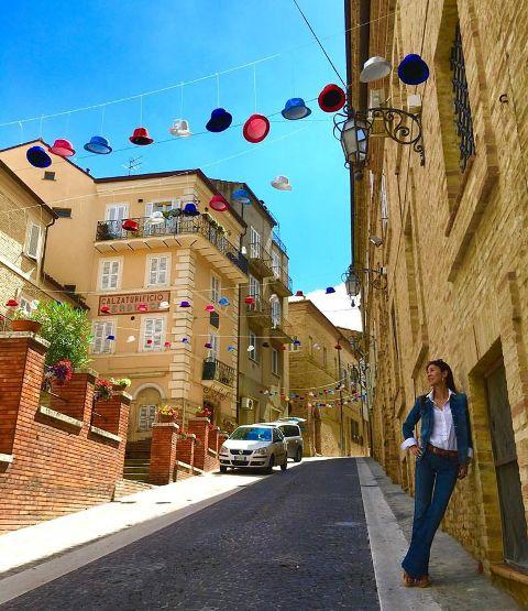 イタリア旅行2016 -マルケ州の田舎町にて-_a0138976_14543620.jpg