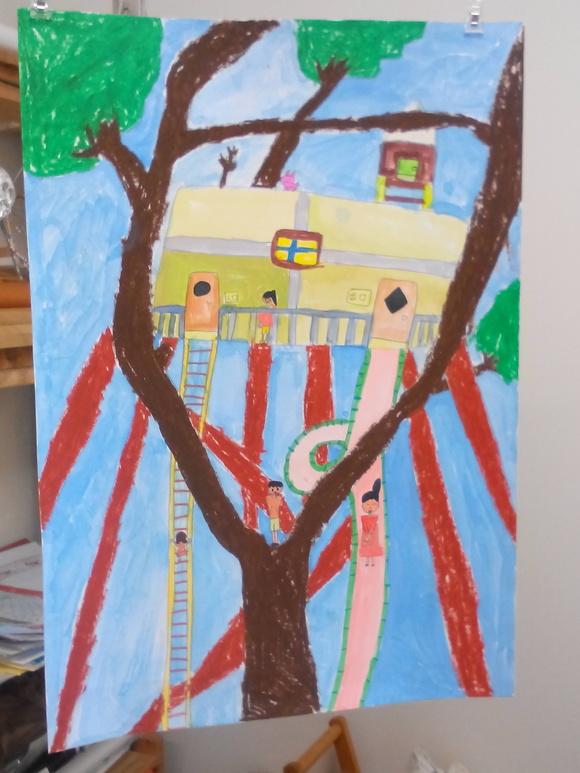 こんなツリーハウスがあったら_b0215321_2061712.jpg