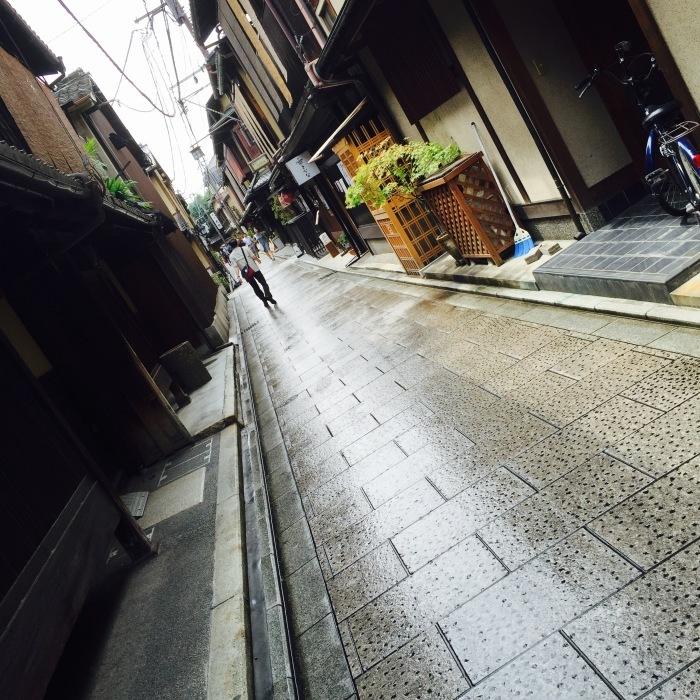 お路地  〔京都 編〕_d0105967_12362185.jpeg