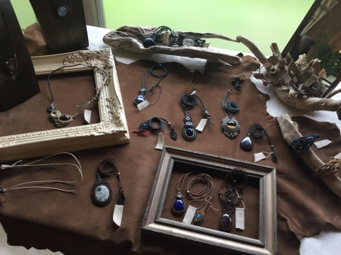 Macrame Jewelry _e0115904_00043345.jpg