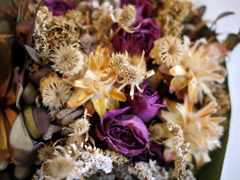 お誕生日に。ドライフラワーの花束。南5西3にお届け。_b0171193_18431438.jpg