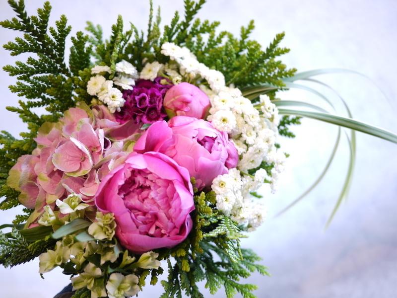 ご命日用の生花。月寒東1-15にお届け。_b0171193_19224286.jpg