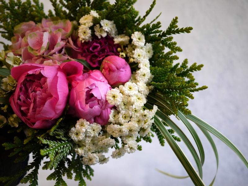 ご命日用の生花。月寒東1-15にお届け。_b0171193_19225406.jpg