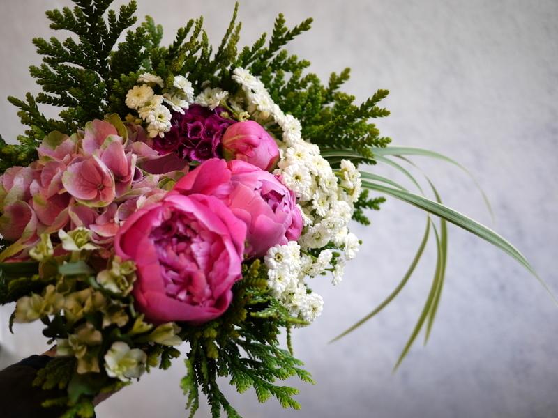 ご命日用の生花。月寒東1-15にお届け。_b0171193_19230854.jpg