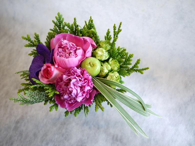 お母様の還暦のお祝いに。豊平6-3にお届け。_b0171193_19405129.jpg