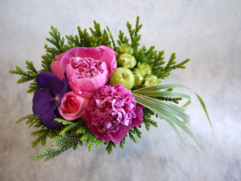 お母様の還暦のお祝いに。豊平6-3にお届け。_b0171193_19410001.jpg