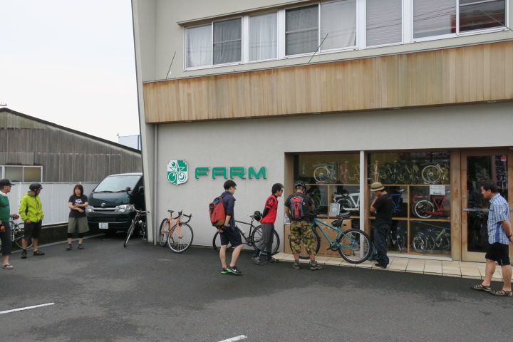 RIDE SURLY @ FARM 1日目_c0132901_20221819.jpg
