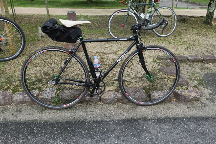 RIDE SURLY @ FARM 1日目_c0132901_20253880.jpg