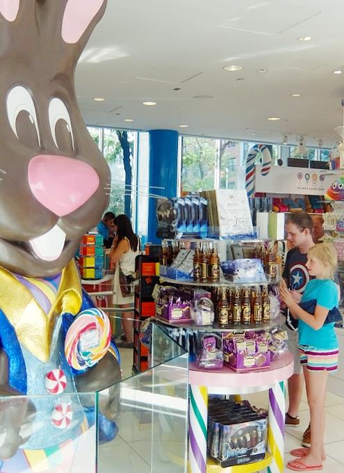 NYのお菓子屋さんの可愛いオリジナル・キャンディー柄下着?! Hanky Panky Collection_b0007805_6534786.jpg