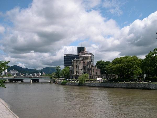広島ーHIROSHIMAー核に破壊された街そして復活_a0056219_9393435.jpg