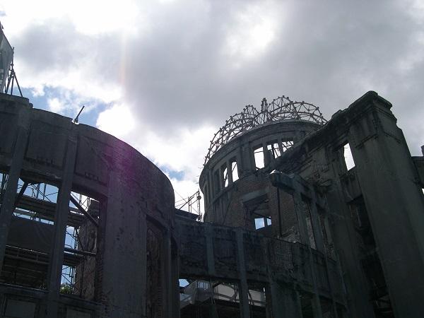 広島ーHIROSHIMAー核に破壊された街そして復活_a0056219_9403365.jpg