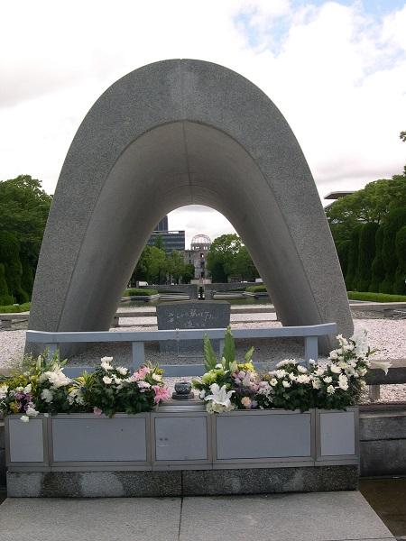 広島ーHIROSHIMAー核に破壊された街そして復活_a0056219_9423240.jpg