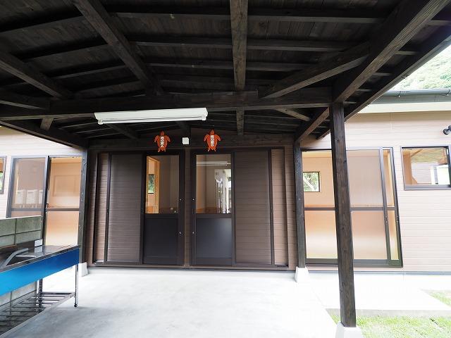 はざこネイチャーセンター管理宿泊棟が完成♪_d0177220_13401124.jpg