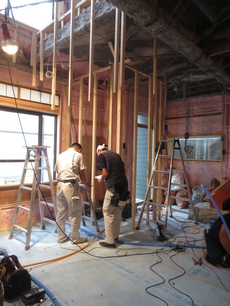 桜台の家改修 外壁ガルバリウム鋼板一文字葺き_c0310571_16092614.jpg