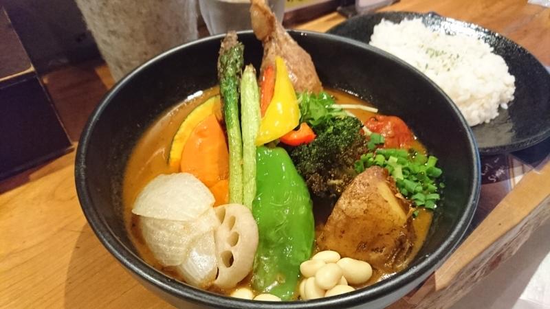 札幌と言えばやはりスープカレーです。_c0225997_16170536.jpg