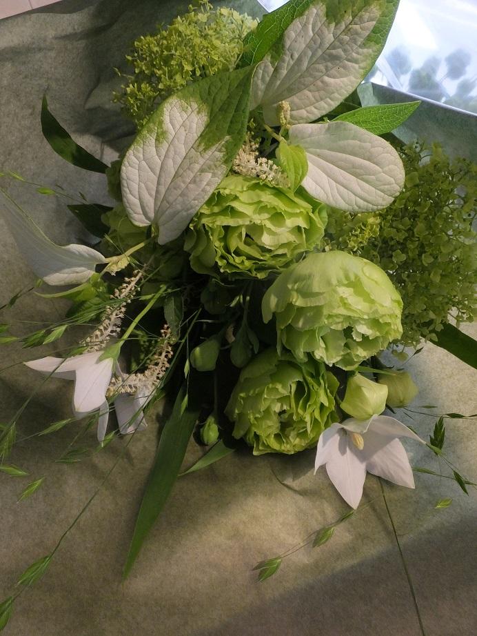 オークリーフ花の教室(落合さんの作品)_f0049672_17523058.jpg