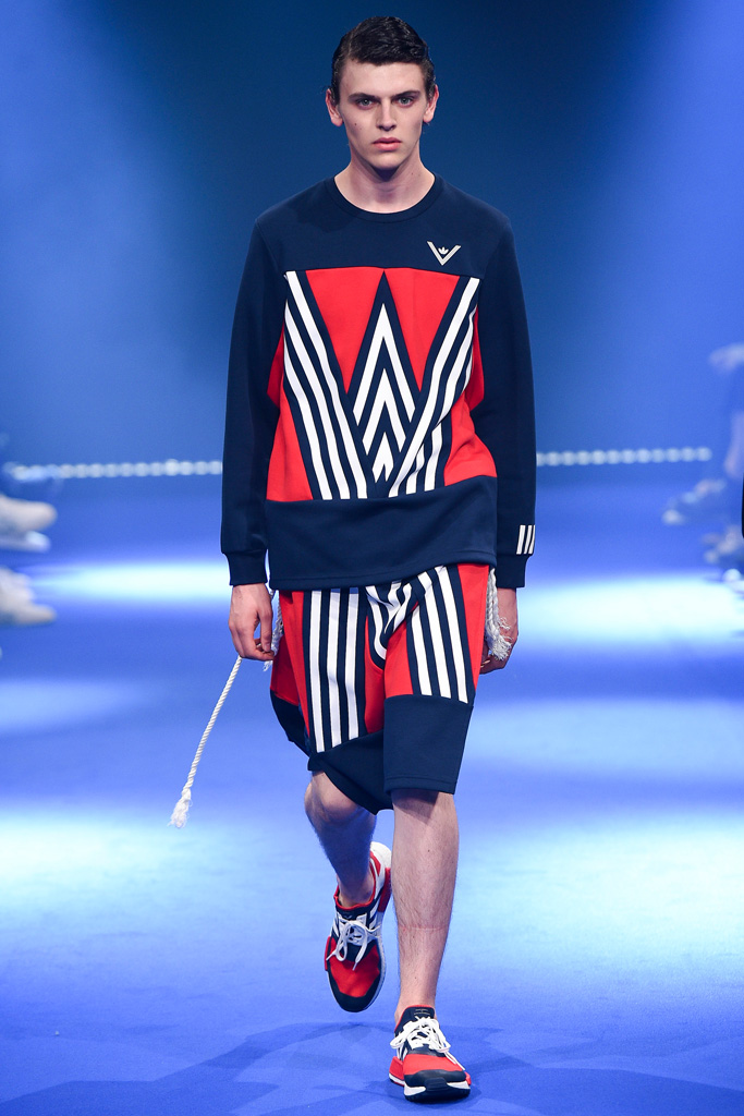 White Mountaineering & ADIDAS BY WHITE MOUNTAINEERING - S/S 2017 Runway Show._f0020773_19442032.jpg