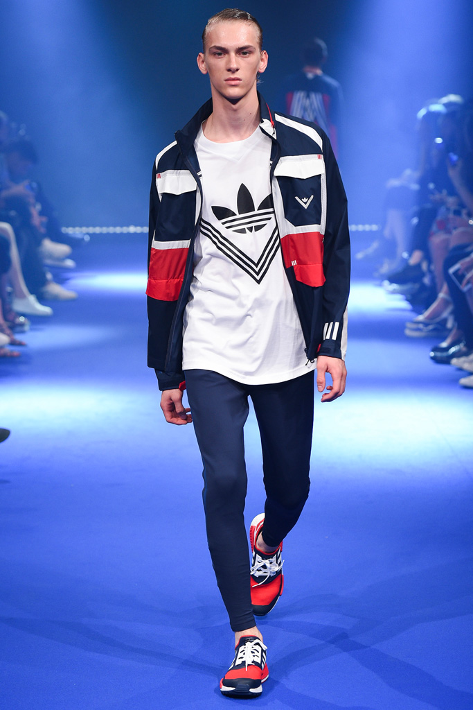 White Mountaineering & ADIDAS BY WHITE MOUNTAINEERING - S/S 2017 Runway Show._f0020773_19443064.jpg