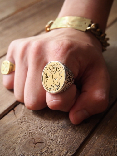 LHN  Mermaid Signet Ring_c0246125_16280278.jpg